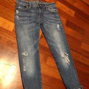Bullhead Boyfriend Jeans!